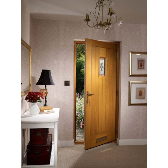 Pre-Finished Chancery External Oak Door with Decorative Glass