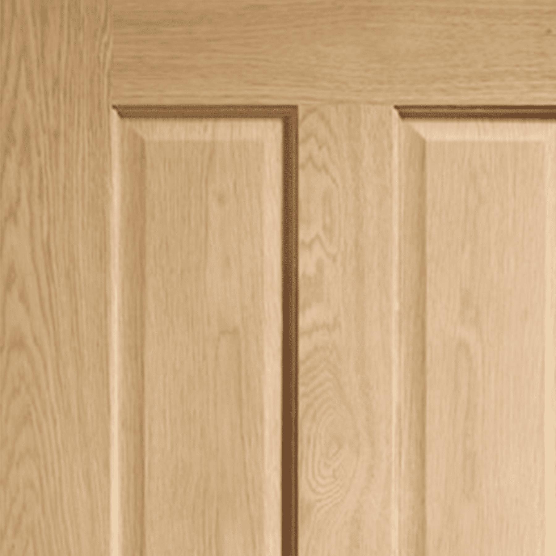 victorian oak 4 panel internal door close up